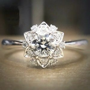 *New Halo Diamond White Sapphire Ring